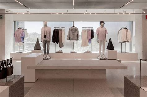 Retail Trends Bebe by Dit Is De Grootste Zara Ter Wereld Retailtrends Nl