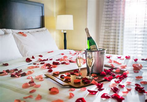 rose petals on bed 15 fun ways to use rose petals at your wedding flyboy naturals flyboy naturals llc