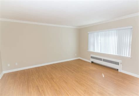 1 bedroom apartments in ottawa 1 bedroom apartments for rent ottawa at 135 maclaren renterspages com