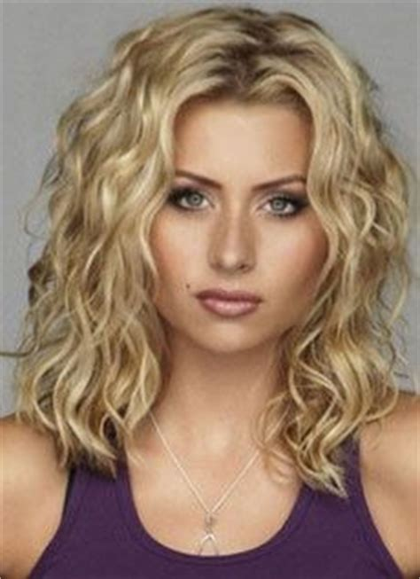 perms for round faces and fine hair over 50 pictures of body wave perms 2015 2016 new celebrity