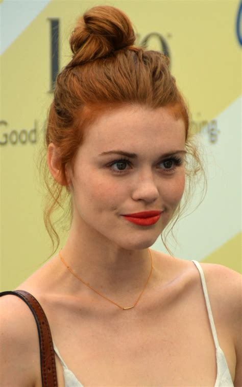 madelaine petsch name necklace holland roden wikiwand