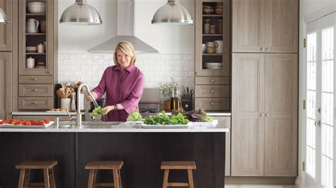 martha stewart kitchen ideas video martha stewart talks purestyle kitchen cabinets