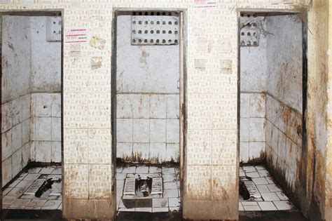 indian public bathroom a visit to the potty lab india real time wsj