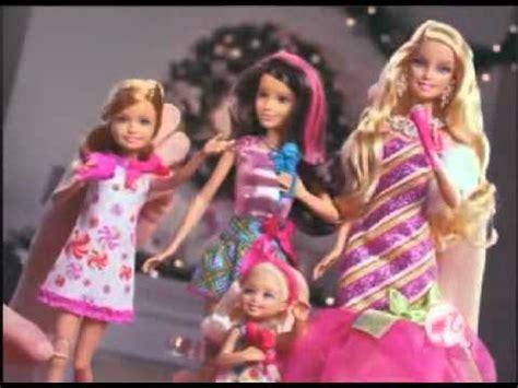 film barbie hari natal barbie um natal perfeito comercial de bonecas palco