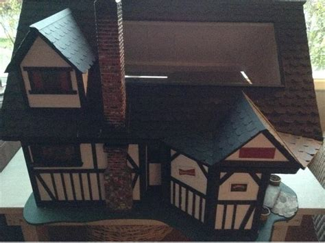 old fashioned dolls house old fashioned edwardian pub dolls house saanich victoria