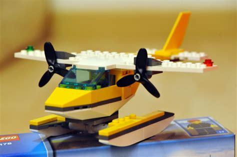 Lego Plane Yellow 1 review 3178 seaplane lego town eurobricks forums