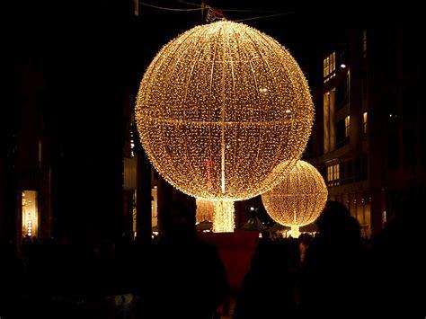 illuminazione natalizia illuminazione natale illuminazione natalizia dei