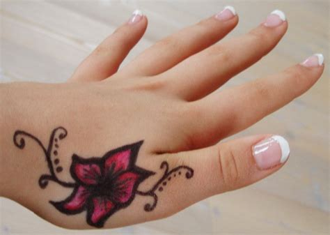 cute hand tattoo designs on image gallery with ideas