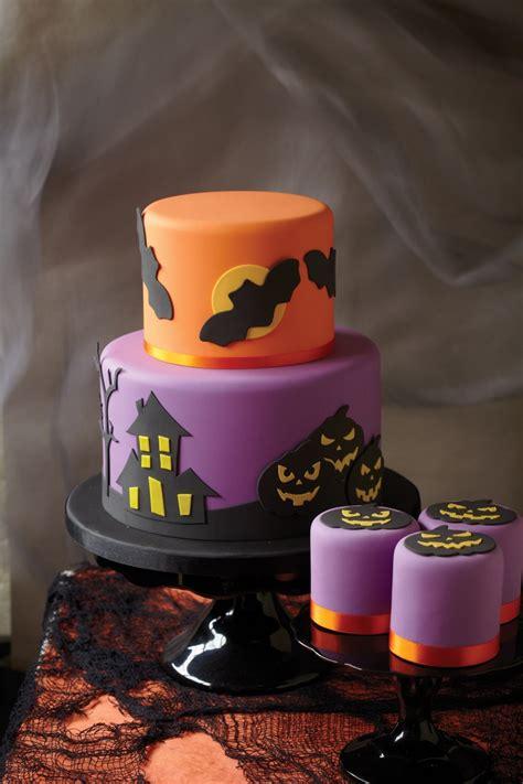 halloween pumpkin cake handspire