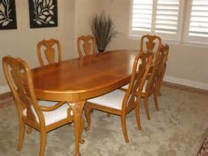 900 thomasville dining room table and chairs for sale in