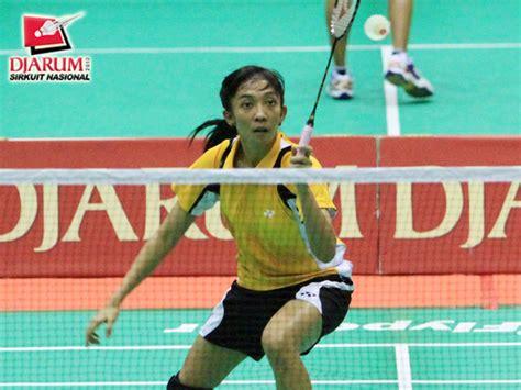 Celana Badminton Taufik Hidayat tersisa dea ririn di semarang duaribuan