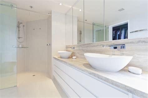 lade da terra moderne tips voor een tijdloze badkamer