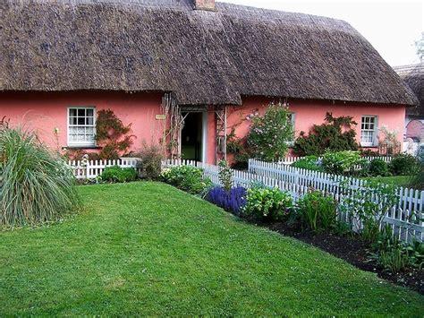 Celtic Cottages by Cottage Ireland