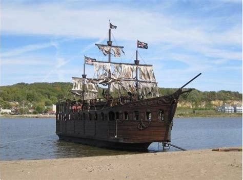 craigslist florida salvage boats want to buy a real life pirate ship pictures of search