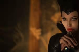 film disney maleficent maleficent 7 high res photos geektyrant