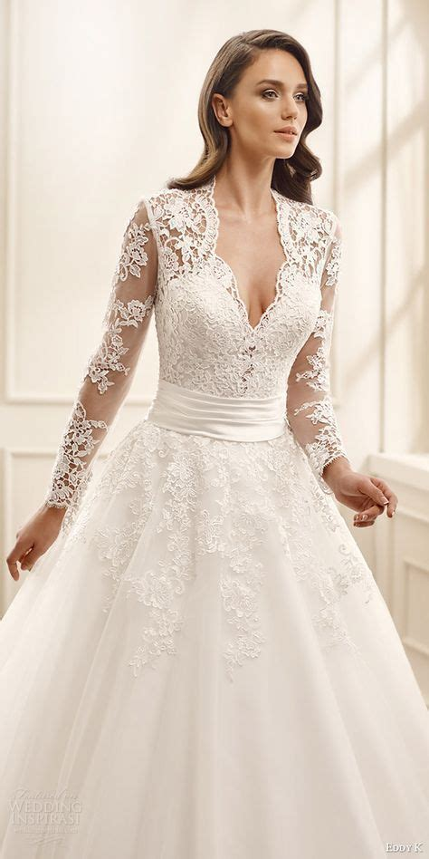 25  best ideas about Romantic Wedding Gowns on Pinterest