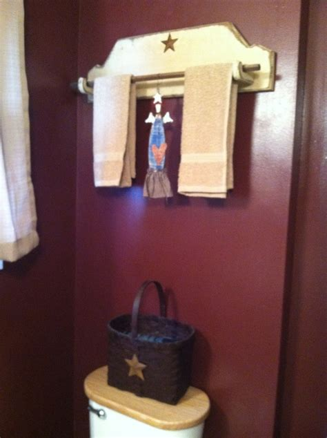 country bathroom shelves 17 best images about shelves on pinterest primitive