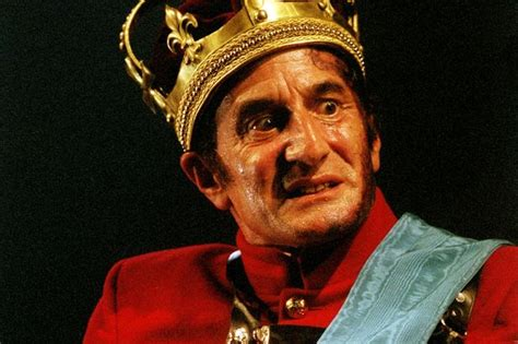 themes in macbeth rsc venice is the theme of the new royal shakespeare company