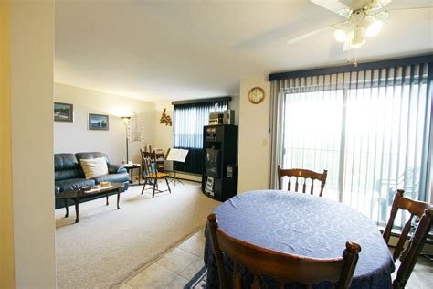 Dining Room Southend by Southend Apartments Bldgs A B C Panoramic Properties