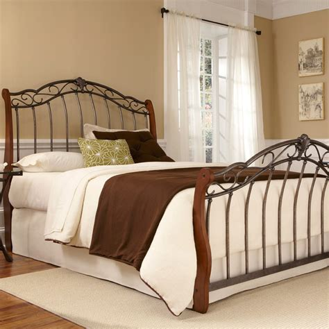 fashion bed group lucerne wood metal bed b91615