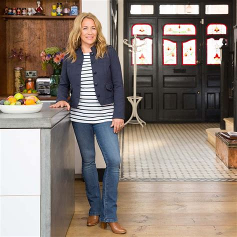 sarah beeny house renovation me my roomwreckers erica davies the pink house