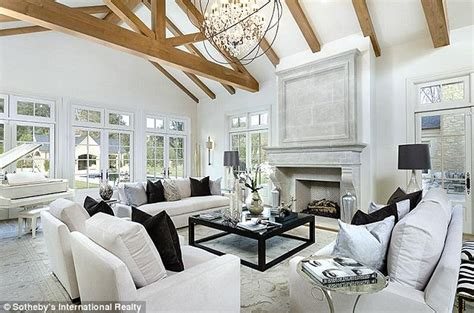 kim kardashian new home decor kim kardashian and kanye west s new 20 million hidden