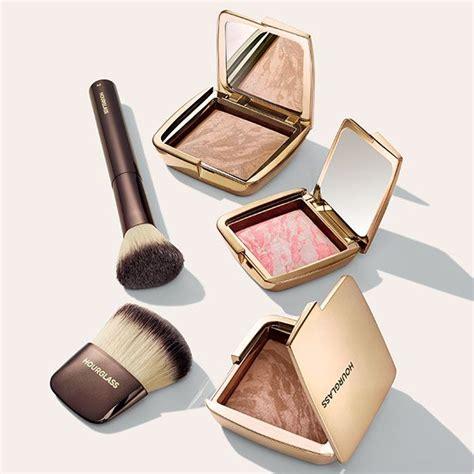Hourglass Cosmetics Bronze Dust by Hourglass Ambient Lighting Blush Ambient Lighting Bronzer