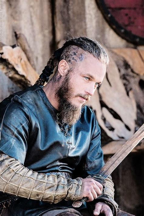 viking ragnar lodbrok hair 25 best ideas about vikings 2 on pinterest vikings