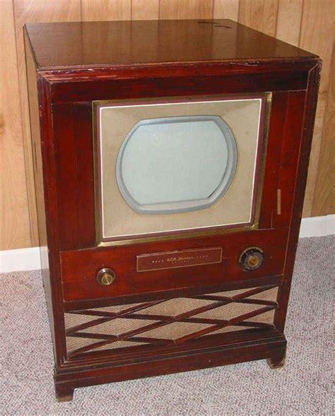 color tv history december 30 1953 the color tv sets go on sale