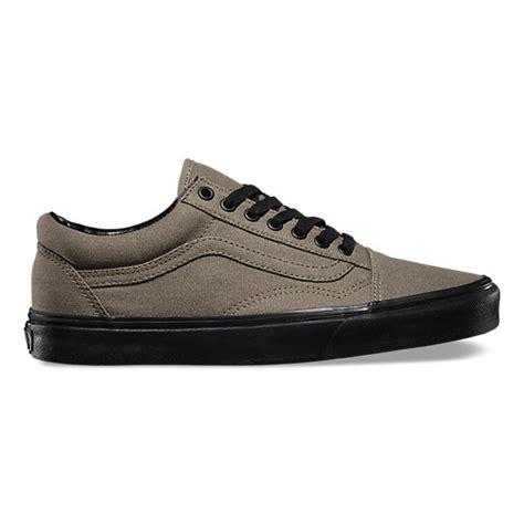 Sepatu Skate Vans Authentic Blacksole black sole skool shop classic shoes at vans