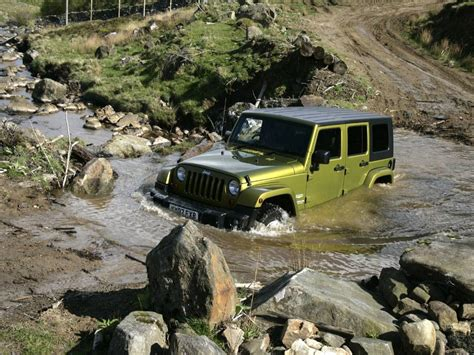 jeep driving jeep wrangler off road wallpapers