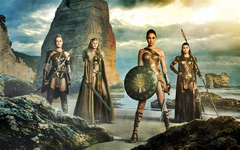 film seri wonder woman wonder woman 2017 movie reviews pinterest women s