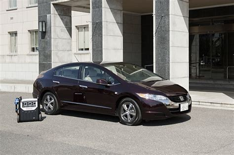 how to work on cars 2012 honda fcx clarity parental controls honda turns their fuel cell sedan into a solar powered generator wired
