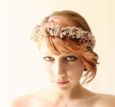 Wedding Hair Accessories Kl by Why Go For Flowers When You Can Wear A Lovely Dried