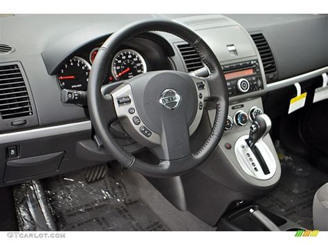2012 nissan sentra 2 0 sr interior photo 71132853
