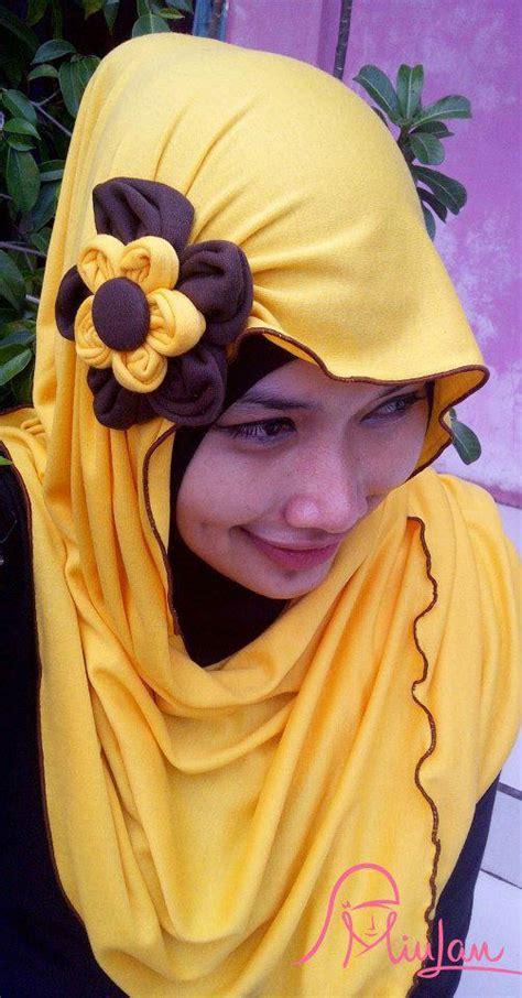 Dress Kanya Kuning blossom hoodie kuning kunyit miulan boutique