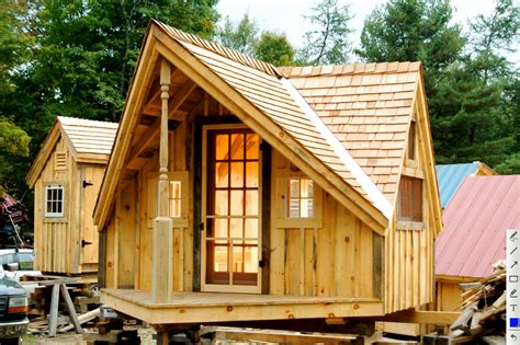 Small Houses Designs And Plans Large Wooden Material And Tiny House Roof Plans