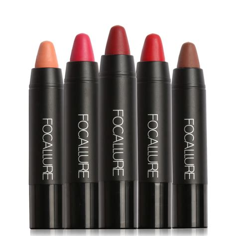 the beverly housewives lipstick color what color lipstick do the real wear street wear color