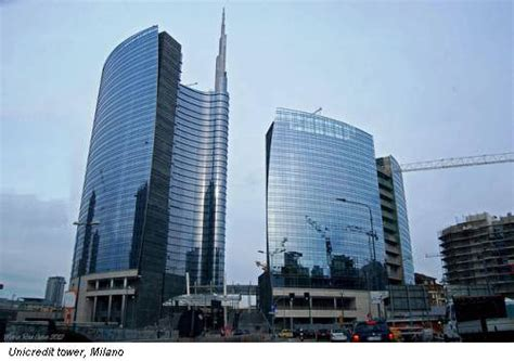 unicredit napoli sede centrale sul tetto mondo e l unicredit tower guadagna l