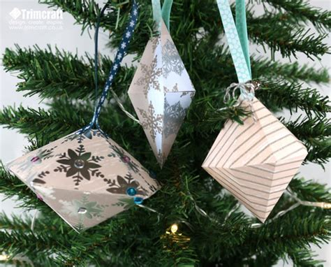 christmas bauble decorations printable diy christmas baubles with free pri the craft blog