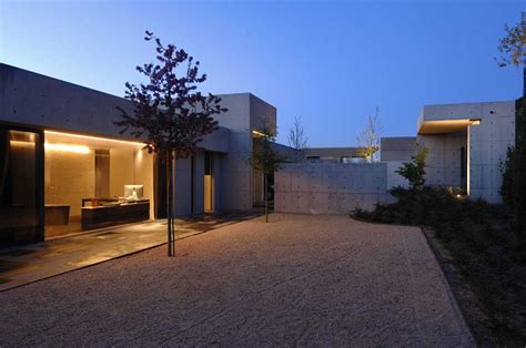 Concrete House, Contemporary Spanish Home   e architect