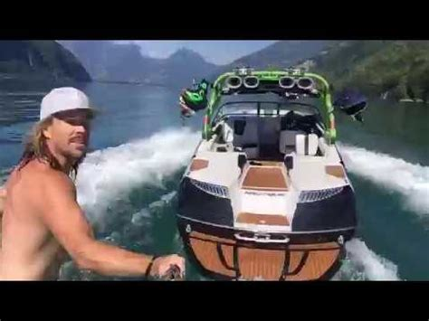 wake boat driving tips wakeboarding how to get up on a wakeboard doovi