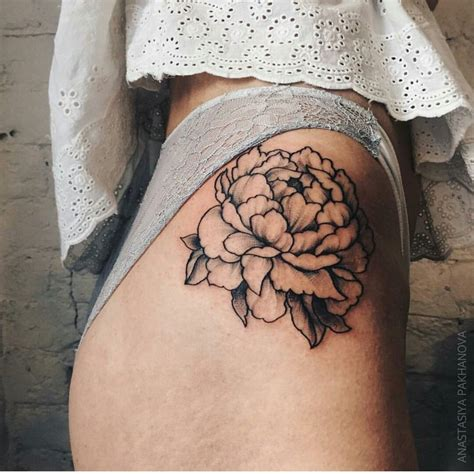 flower tattoo on hip 25 best ideas about hip tattoos on