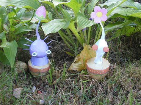 Pikmin Papercraft - pikmin papercraft by picklelicker129 on deviantart