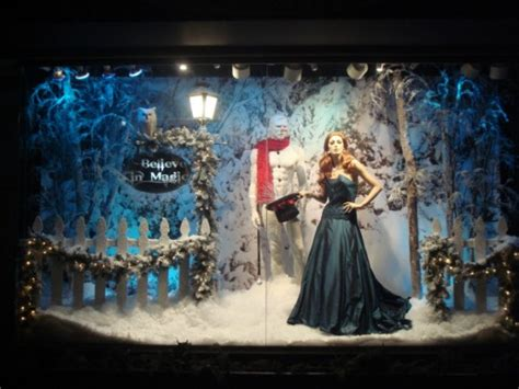 window display ideas eye catching window display by keith dillion part 1