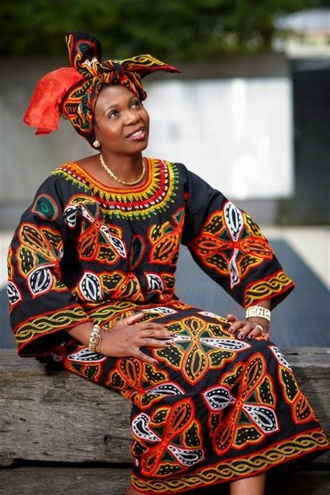 traditional clothing toghu cameroonian traditional clothing