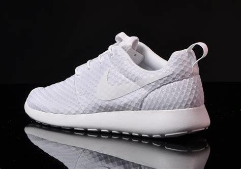 Nike Roshe Run Two White nike roshe run all white nitrolicious