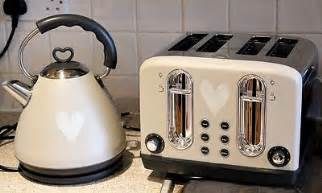 Morphy Richards Red Accents Toaster Kettle Amp Toaster Sets Coffee Tea Amp Espresso Making