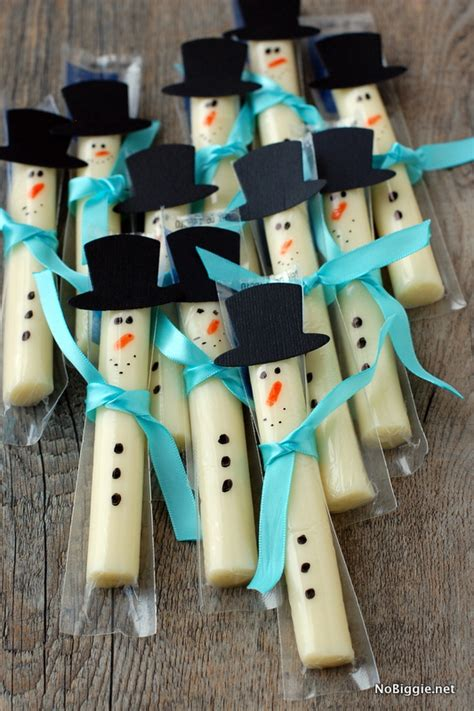Creative Christmas Crafts For Kids - string cheese snowmen