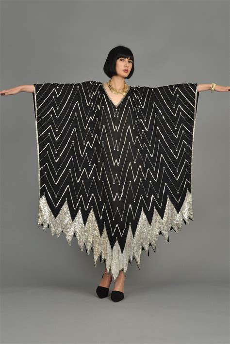 Kaftan Maxy 004 deco inspired silver black beaded caftan bustown